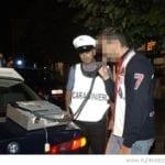 Guida in stato di ebbrezza alcolica e viene coinvolto in un incidente: 23enne denunciato