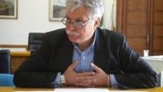 Il sindaco dimissionario Maurizio Lucci