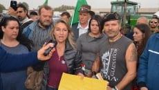 Attivisti del  coordinamento 9 dicembre