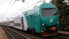 treno trenitalia ferrovia