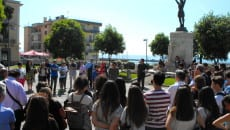 Sit-in in piazza Vittoria questa mattina
