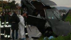 L'auto su cui era a bordo Antonio Salzillo ucciso nel 2009 - fonte foto http://nonsolonera.tgcom24.it/2009/03/09/a-modena-fermati-5-presunti-casalesi-nel-casertano-si-indaga-sugli-omicidi-di-michele-prisco-e-antonio-salzillo-il-nipote-di-bardellino/