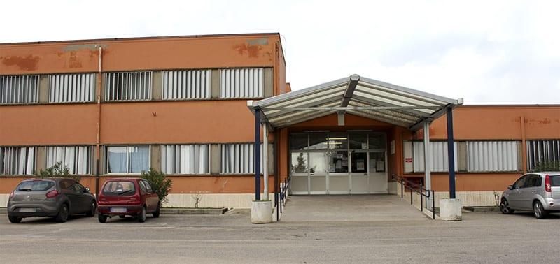 Scuola Bellardini Collina dei Pini - ingresso - md
