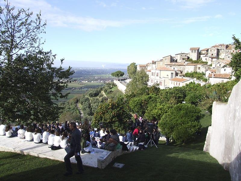 Sposarsi a sermoneta tra le location anche il belvedere e il giardino degli aranci - Giardino degli aranci frattamaggiore ...