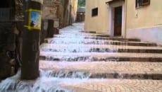"""Allagamenti a piazza Buonomo, Mitrano: """"Rifacciamo sistema acque bianche. Ci metto la faccia"""""""