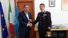 Il sindaco Antonio Terra con il maggiore Vincenzo Ingrosso