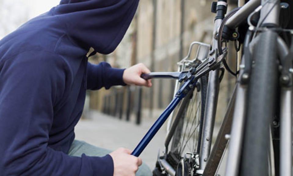 Terracina, senza fissa dimora ruba una bicicicletta: arrestato 57enne - h24 notizie
