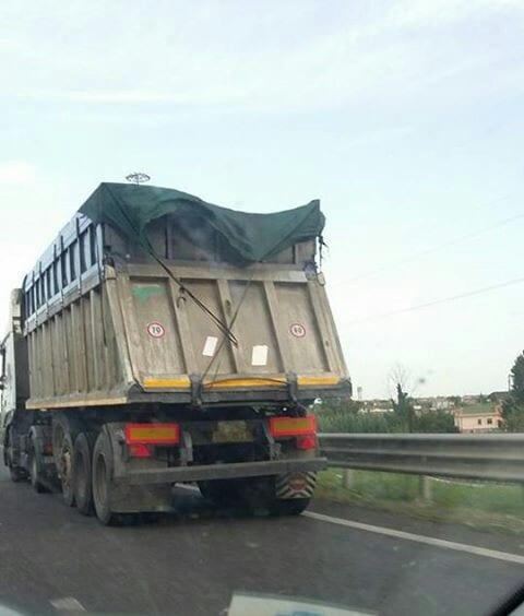 Trasporto non conforme ai regolamenti di petcoke tra Gaeta e Sessa