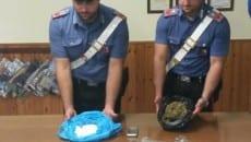 Il materiale sequestrato dai carabinieri della Tenenza di Fondi