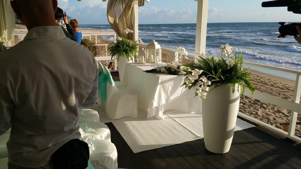 Matrimonio Spiaggia Sabaudia : Quattro matrimoni in italia prima tappa a sabaudia