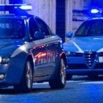 Latina, da Oviesse per rubare vestiti e cosmetici: arrestate dalla Volante