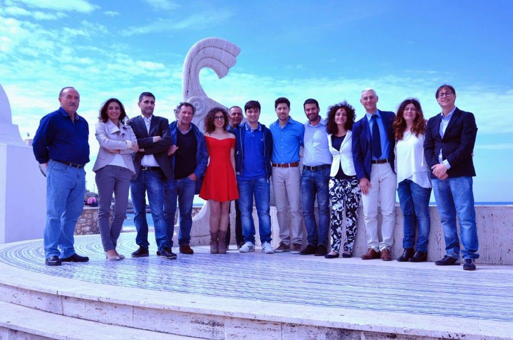 I candidati di Sperlonga Cambia e il candidato sindaco Toscano