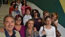 Le dipendenti dell'asilo La Vecchia Quercia ritratte nel 2013 insieme al sindacalista Giulio Morgia oggi segretario dell'Osservatorio per la Legalità e la lotta alle mafie di Formia