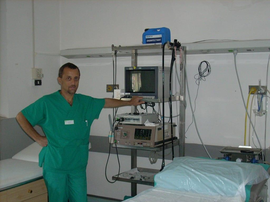 Il dottor Costa in Endoscopia