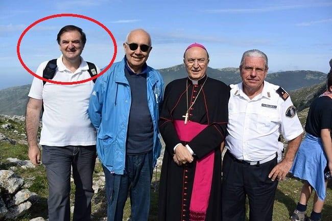 Da sinistra, l'assessore Treglia, il sindaco di Formia Sandro Bartolomeo e l'ex arcivescovo Fabio Bernardo D'Onorio