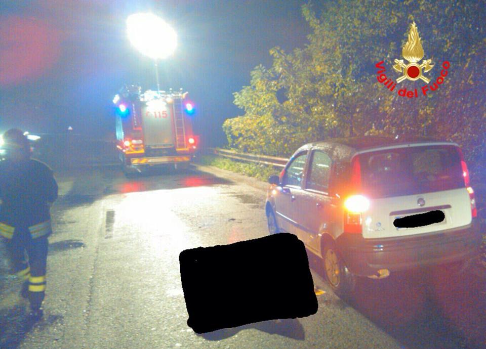 Incidente sulla Pontina, moto contro auto: muore uomo di 49 anni