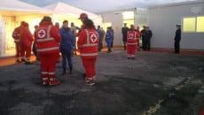 Volontari della Croce Rossa al Centro di accoglienza a Formia