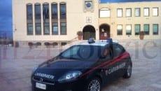 Carabinieri questa mattina davanti al Comune di Sperlonga