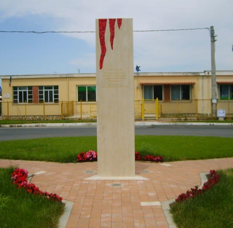 monumento-ai-caduti-di-campo-di-carne-il-graffio-della-vita