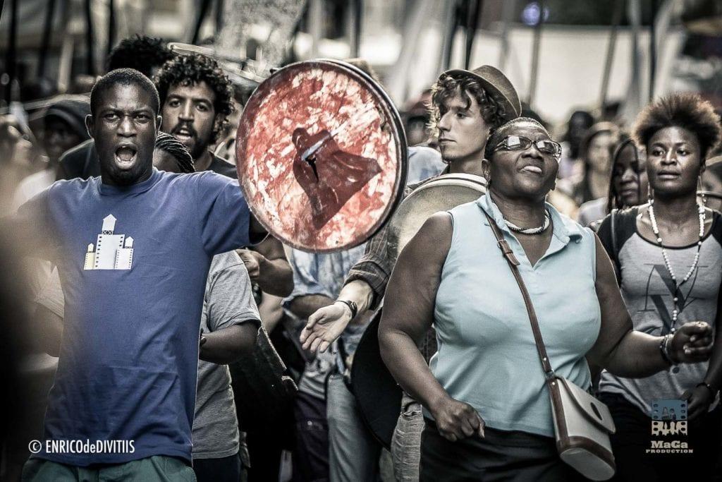 La parata spettacolo Lampedusa Stories organizzato da Cantieri Meticci , Bologna 11 Luglio 2015 - EdeDPhotos/Enrico de Divitiis/MagaProduction.it
