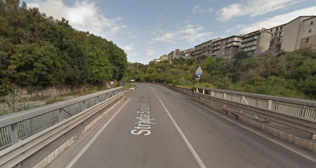 Itri Incrocio Ex Acquapark Impiccato Aprile 2017 H24 Notizie