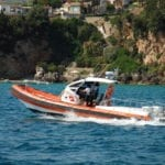 """Diportisti """"selvaggi"""" e pericoli per i bagnanti: raffica di controlli e sanzioni per la Guardia Costiera"""