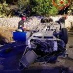 Gaeta, auto esce fuori strada e si ribalta: quattro feriti