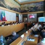 Richiedenti asilo come volontari: altri 9 Comuni firmano il protocollo della Prefettura