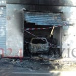 Garage in fiamme in via Testa, proseguono le indagini #VIDEO