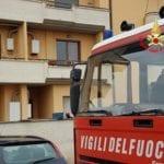 Uomo chiuso in casa, intervengono i vigili del fuoco di Aprilia