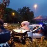 Incidente sulla Litoranea, macchina finisce fuori strada