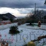 Eccezionale nevicata a Ponza: l'isola si imbianca dopo 18 anni (#FOTO)