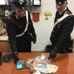 Marijuana e cocaina, 51enne arrestato per spaccio a Minturno