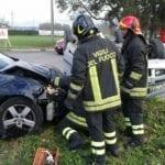 Incidente all'incrocio sulla Pontina: due persone ferite