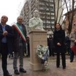 """L'Anpi """"conquista"""" Latina: alla cerimonia Coletta canta """"Bella Ciao"""" – VIDEO"""