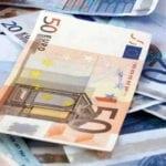 Costi della politica: quanti soldi si spendono per le indennità dei consiglieri?