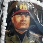 Uova di Pasqua con faccia di Mussolini, la denuncia dell'avvocato dell'Anpi
