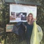 Dopo le polemiche, i sacchi neri: anche Fausto Brizzi e Claudia Zanella a ripulire il Parco del Circeo