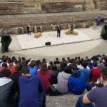 Marocchinate, il dramma spiegato agli studenti nello spettacolo di Cristicchi e Ariele Vincenti