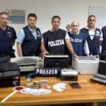 Stamperia di soldi falsi a Minturno, la scoperta della polizia: un arresto