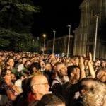 Cisterna di Latina, migliaia di persone in piazza per Edoardo Bennato