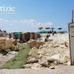 """""""Pericolo frane""""? Solo un cartello: tutti al mare, a Ponza non c'è divieto che tenga"""