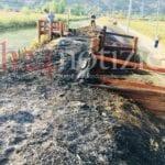 """Lago di Fondi, fiamme sul pontile appena assegnato. Il Parco: """"Dolose"""""""