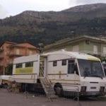 L'ufficio postale di Itri è chiuso per lavori, ma quello mobile non basta