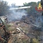 Maxi incendio in un terreno a Fondi: baracche divorate dalle fiamme