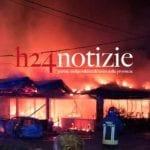 #VIDEO e #FOTO – Incendio nella notte, pizzeria distrutta dalle fiamme