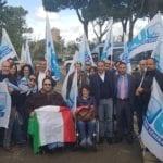 Vertenza Cup, sit-in di protesta dell'Ugl davanti al palazzo della Regione