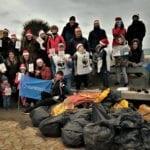 'I Love My Sea – Christmas edition': la giornata ecologica sulla spiaggia di Foce Verde (#FOTO e #VIDEO)