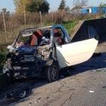 Incidente fra auto e camion sulla Pontina, interviene anche l'eliambulanza