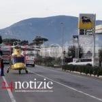 Incidente domestico a Fondi, l'eliambulanza atterra sulla Flacca #VIDEO